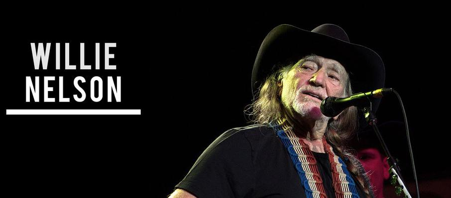 Willie Nelson at Abraham Chavez Theatre